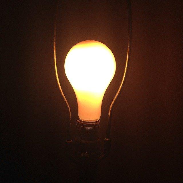 na světlo